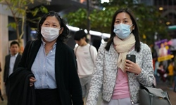 HK unveils measures to prevent spread of pneumonia-like disease