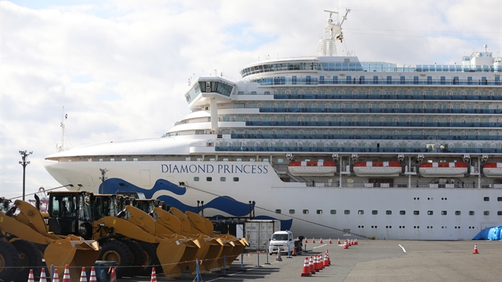 Kiwis evacuated off Diamond Princess start quarantine at military base
