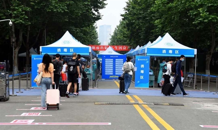 """Lockdown"" style campus management adopted by Chinese universities sparks anger from students"