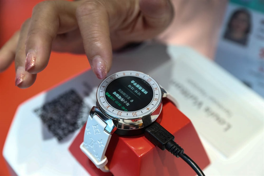 Smartwatch market competition heating up as demand booms