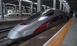 Intercity bullet trains start operation in Xinjiang