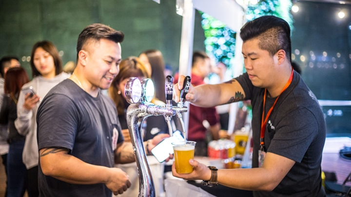 Beer taster makes Chinese brew palatable, recognizable