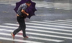 China renews blue alert for rainstorms