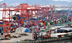 Foreign trade rises 1.9% to historic high