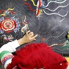 Embroidery helps lift Miao women out of poverty