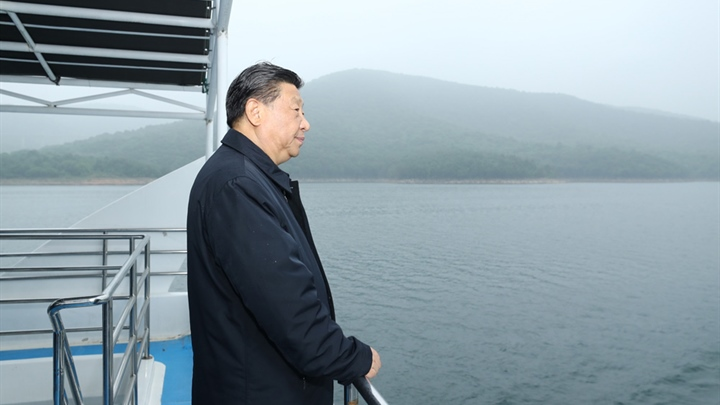 Xi inspects China's mega water diversion project