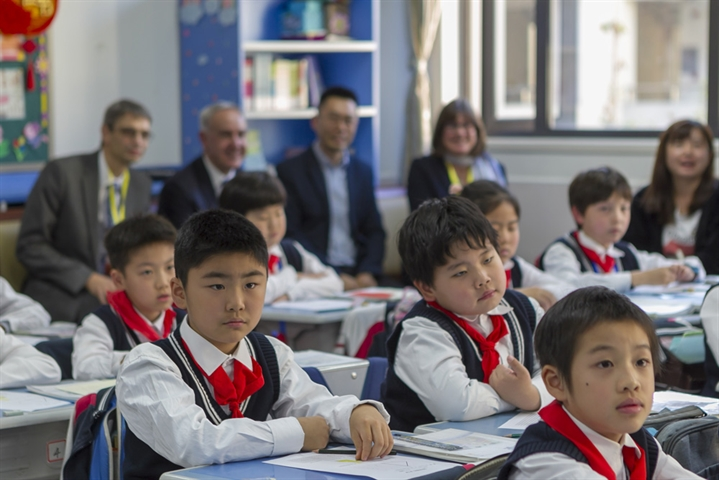 Shanghai-style math lessons for teenagers gains support in Britain